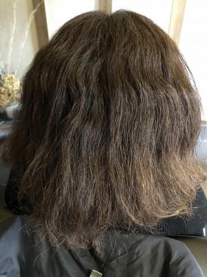 髪の毛が広がる原因 酸熱 トリートメント 治し方 シリコン病 ストレートアイロン 美容室 土浦市 りずむヘアデザイン
