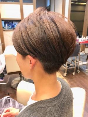ショートマッシュ ショートヘア 刈り上げ ツーブロック 土浦市 美容室 りずむヘアデザイン