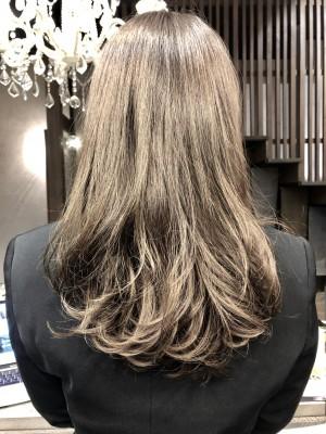 グレージュ ハイライト ダブルカラー アッシュ バレイヤージュ 土浦市 美容室 りずむヘアデザイン