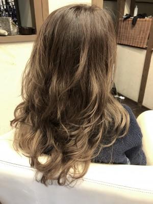 シンディーライツ ミランダカー ハイライト バレイヤージュ 毛先カラー 美容室  土浦市 りずむヘアデザイン