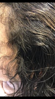 前髪のくせ 生え際のくせ 原因 りずむヘアデザイン  土浦市 美容室
