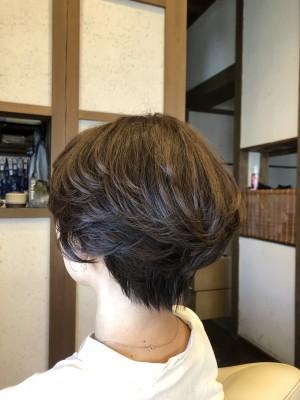 ショートヘア 前下がりグラボブ 前下がりショート 土浦市 美容室 りずむヘアデザイン