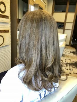 アッシュ パールアッシュ 色持ちが良いヘアカラー 最低限ノンシリコーン 美容室 土浦市 りずむヘアデザイン