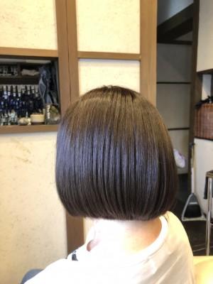 加齢による髪の毛のクセ 髪の毛のうねり 髪の毛のクレンジング YouTube カールが持たない原因 シリコーン トリートメント 髪の毛が痛む 髪の毛の毛先が痛む 美容室のトリートメント 最低限ノンシリコーン 土浦市 美容室 りずむヘアデザイン