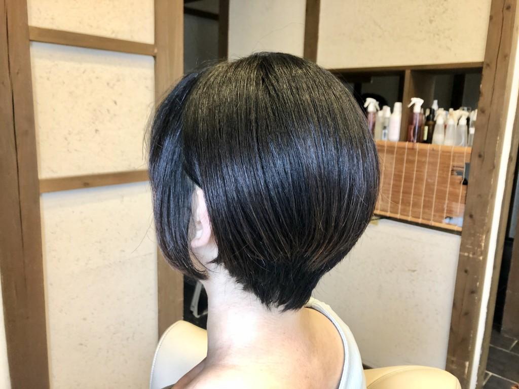 ショートボブ ショートヘア 土浦市 美容室 りずむヘアデザイン ダウンエレベーション
