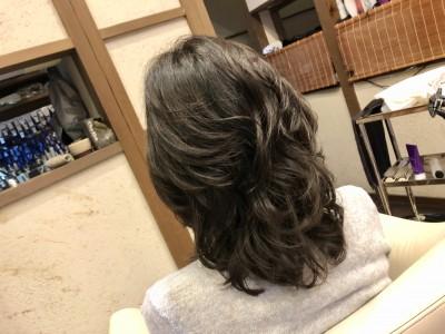 レイヤーパーマ 扱いやすいパーマ パーマがかからない 髪の毛のクレンジング 土浦市 美容室 美養師 りずむヘアデザイン