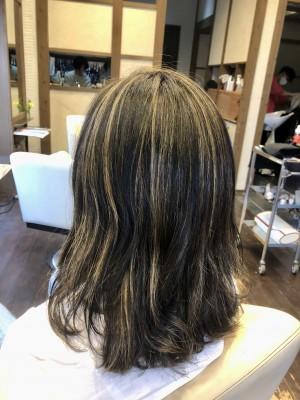 バレイヤージュ  ウイービング ハイライト ブリーチ1回 トナー 土浦市 美容室 りずむヘアデザイン ノンシリコーン 髪の毛のクレンジング