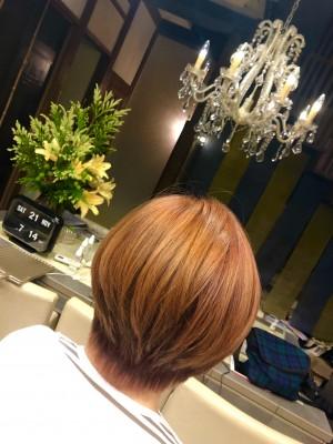 ピンク ブリーチ ダブルカラー ノンシリコーン 土浦市 美容室 美養院 ショートボブ ショートヘア りずむヘアデザイン