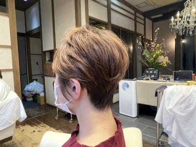 ショートパーマ 吉瀬美智子  ショートヘア 土浦市 美容室 りずむヘアデザイン 絶壁 鉢はり ショートカット ドライカット 髪の毛のクレンジング