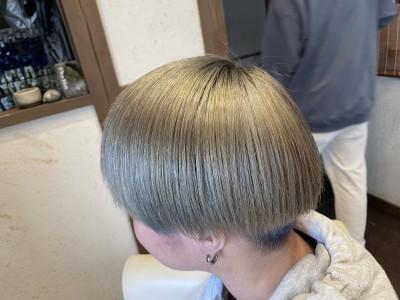 アッシュ ブリーチ りずむヘアデザイン 土浦市 美容室 ノンシリコーン 還元美容