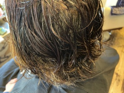 髪質改善 縮毛矯正 縮毛矯正トラブル 縮毛矯正チリチリ治し方 縮毛矯正ジリジリ 縮毛矯正の失敗治し方 茨城県 土浦市 美容室 りずむヘアデザイン